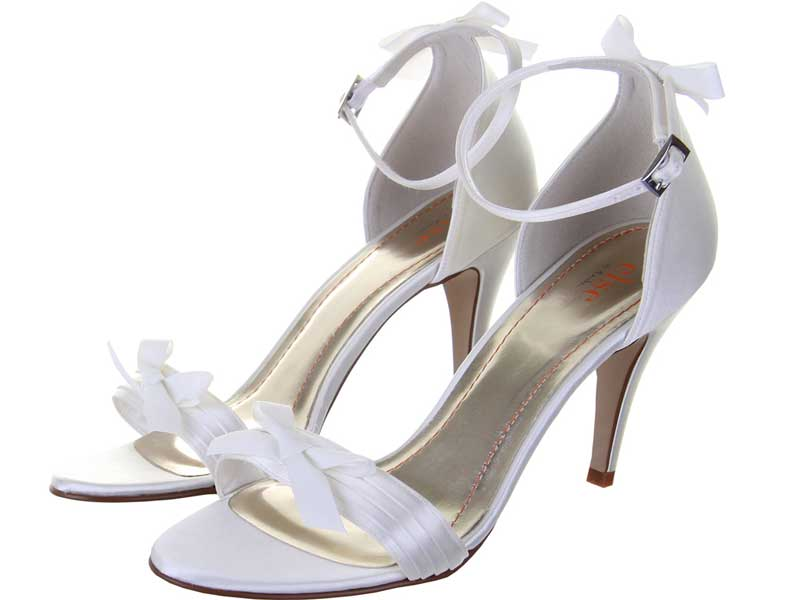 8-of-the-best-new-wedding-shoes-under-75-Mojito