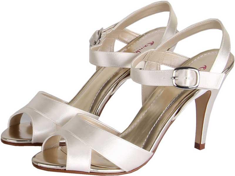 8-of-the-best-new-wedding-shoes-under-75-Nigella