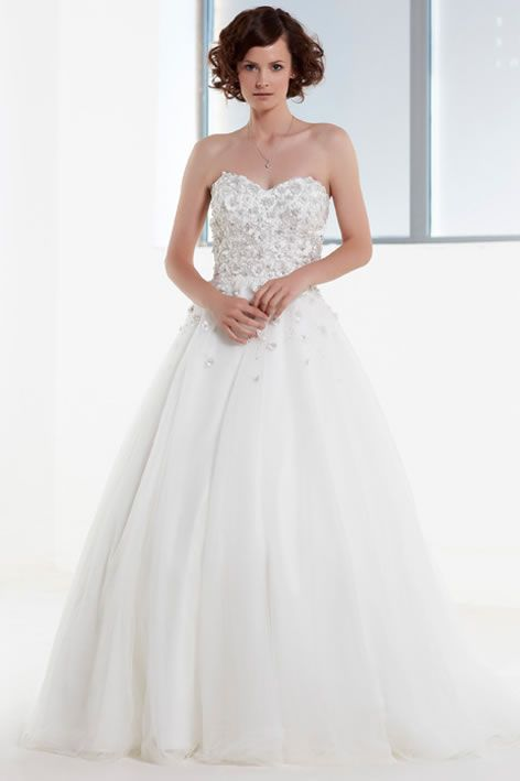 FYDWD-best-ballgowns-PC4857-by-Phil-Collins