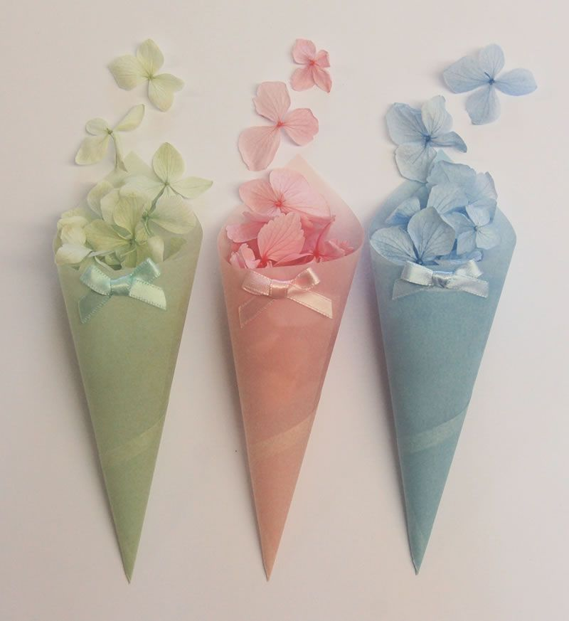 easter-best-buys-confettidirect.co.uk _Pastel Confetti Cones ú9.50 for 10_From The Real Flower Petal Confetti Co