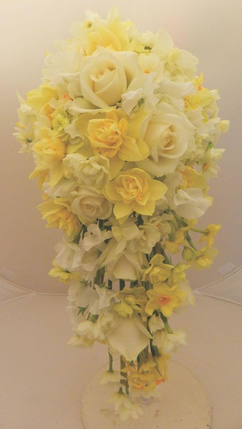 easter-best-buys-sandrasflowerstudio.co.uk spring easter yellow SandrasFlowerStudio_1086789_RoseNarcissusDaffodilB