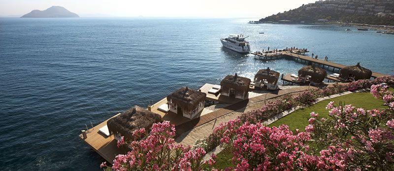 me-moon-healthy-honeymoon-Sianji Private Waterside Cabanas