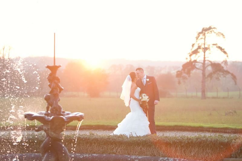 outdoor-wedding-venues-Gosfield-Hall-Jasmine Photography LtdAD8Z1289 (Custom)