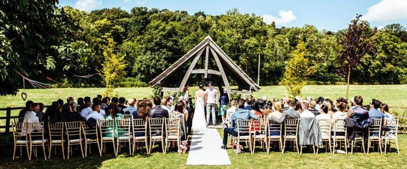 outdoor-wedding-venues-Hyde-Barn-3