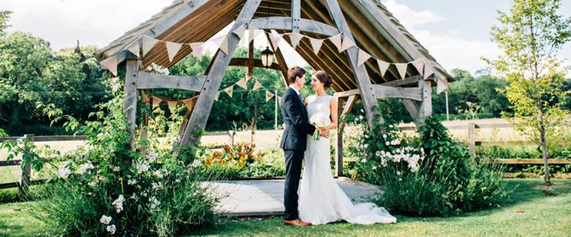 outdoor-wedding-venues-Hyde-Barn-bloomingphotography Harriet & Craig Arbour