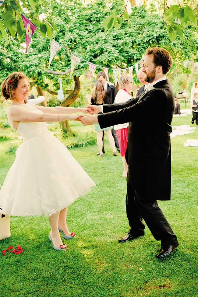 9-unforgettable-moments-for-your-wedding-guests-kerriemitchell.co.uk