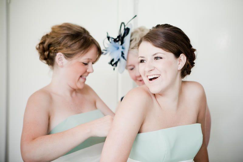 7-crucial-tips-bridesmaid-dresses-sarahleggephotography.co.uk Grittenham-152