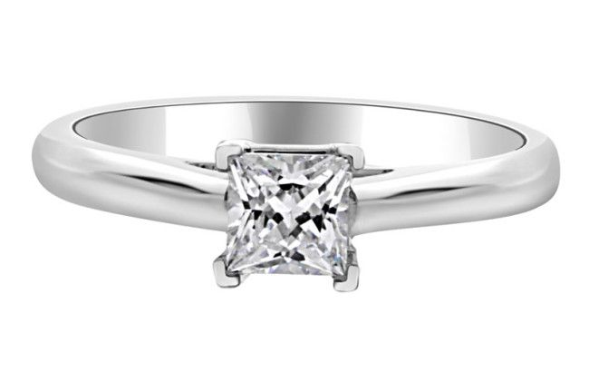bespoke-diamonds-engagement-ring-Princess