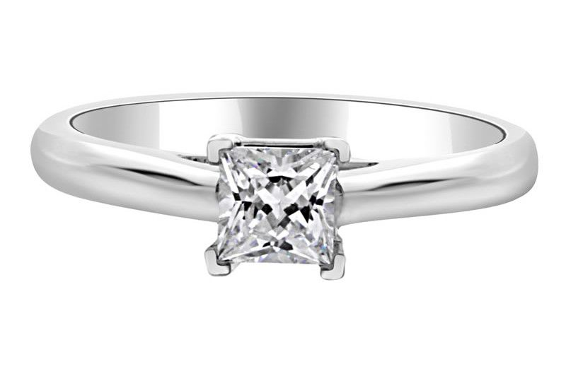 bespoke-diamonds-engagement-ring-Princess