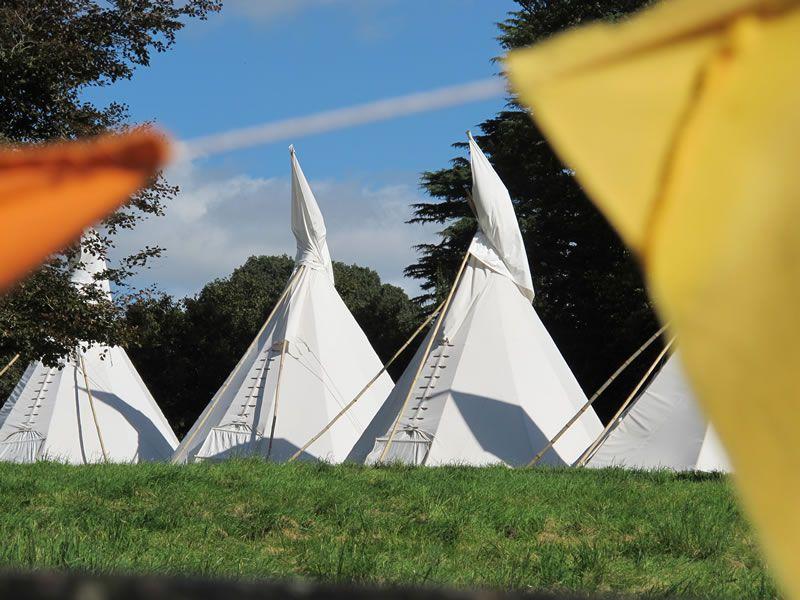 pennard-house-festival-wedding-Tipis