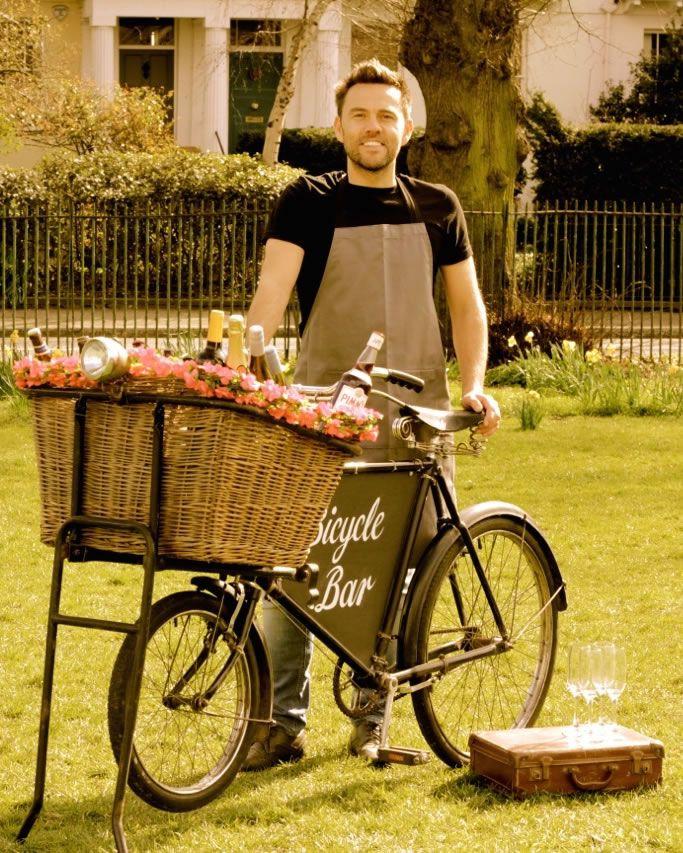vintage-bicycle-bar-Bicycle Bar & Dan