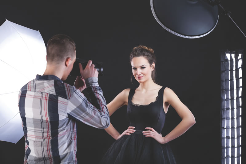 5-best-girly-hen-ideas-Supermodel