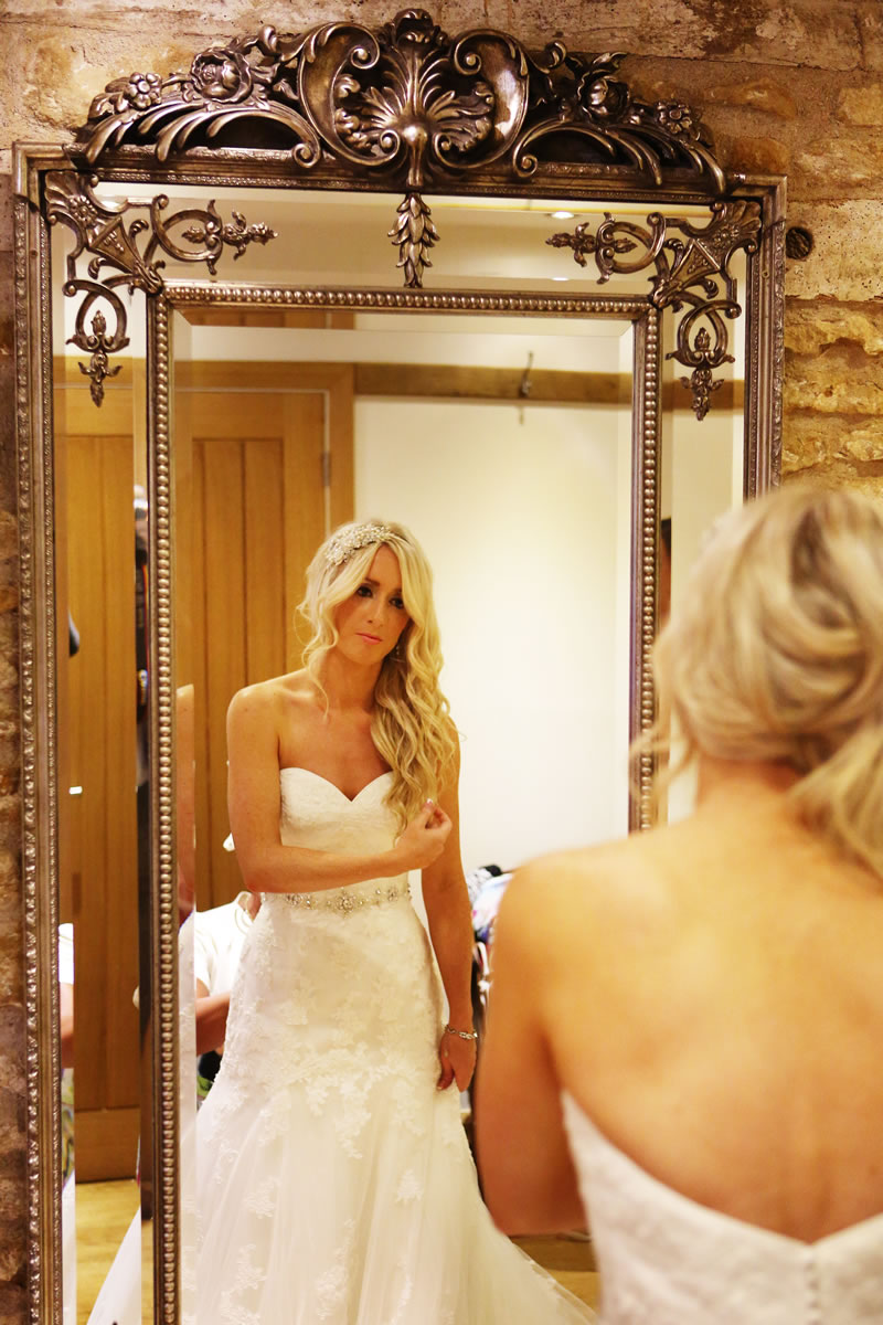 8-things-no-one-tells-you-dress-shopping-ewpweddings.com lg1309sep45