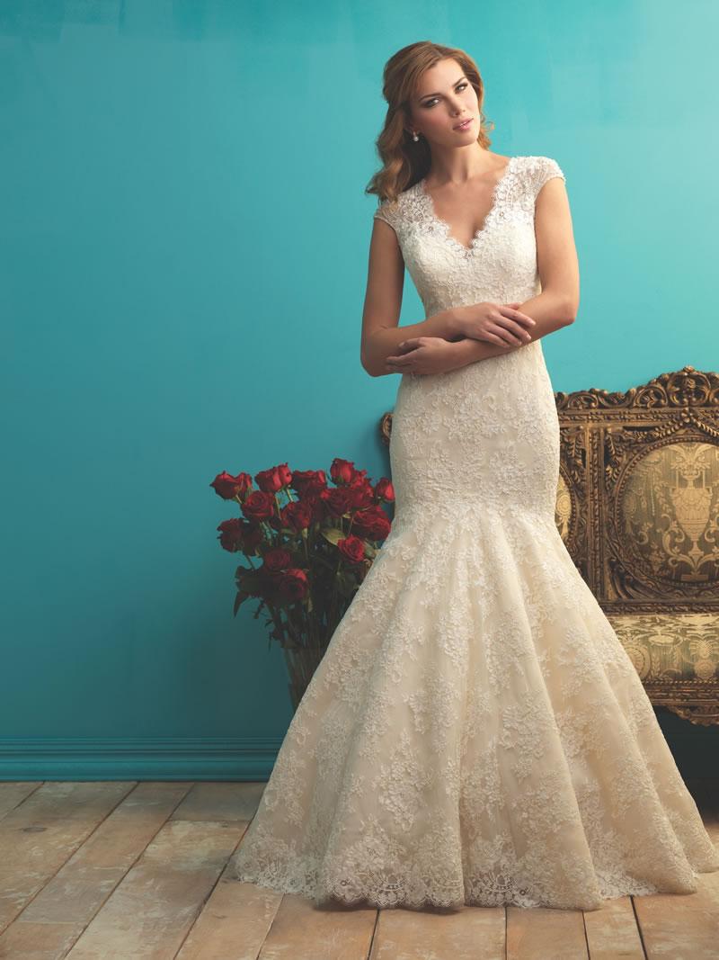 allure-bridals-fall-2015-allurebridals.com 9255F