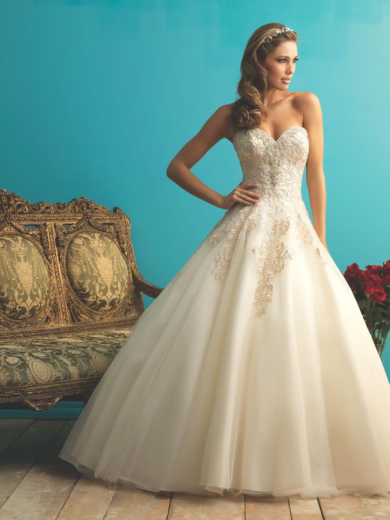 allure-bridals-fall-2015-allurebridals.com 9270F