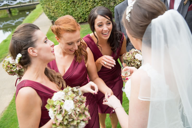11-ways-bridesmaids-can-help-the-bride-jasonfryphotography.com Michelle-Simon-521