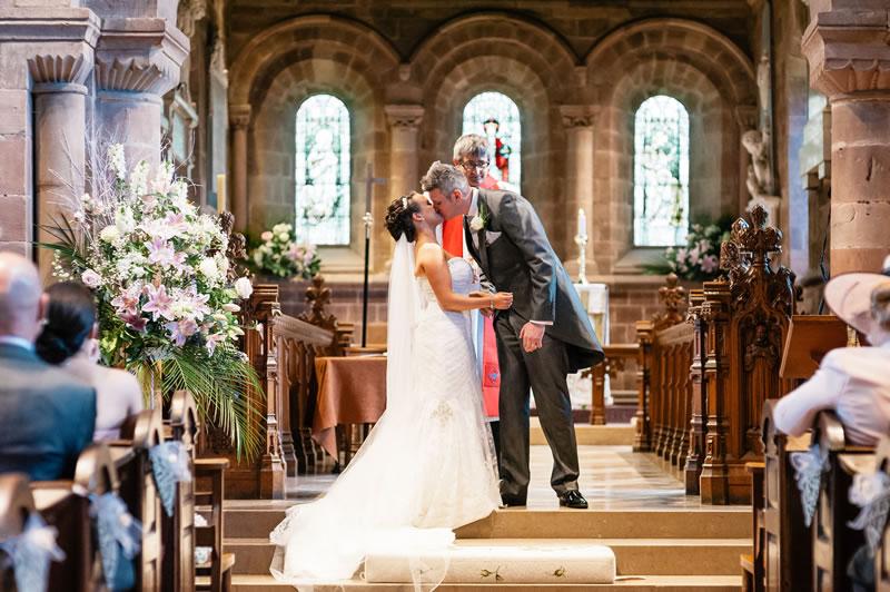 147-rachel-kieran-daffodilwaves.co.uk Daffodil Waves Photography - Hogarths Hotel Wedding - Rachel and Kieran254
