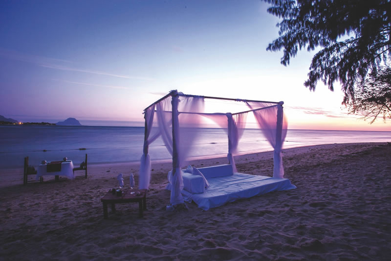 150-mauritius-competition-Beach Dinner setup
