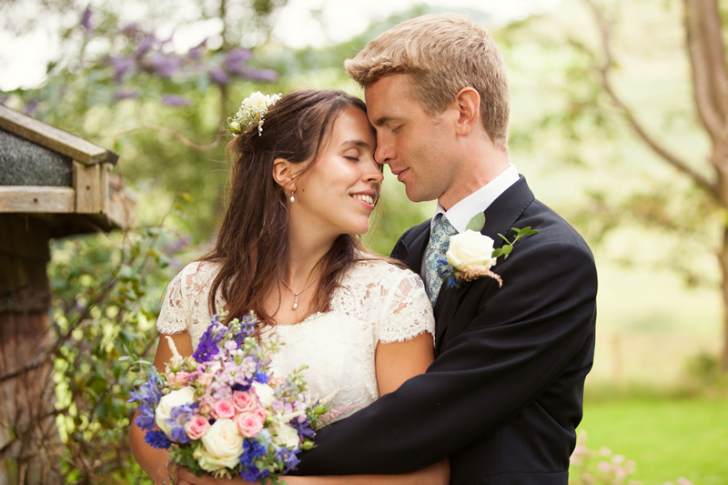 15-top-tips-wedding-planning-   lilyandfrank.co.uk   Emily&DaveStuckey_W_443