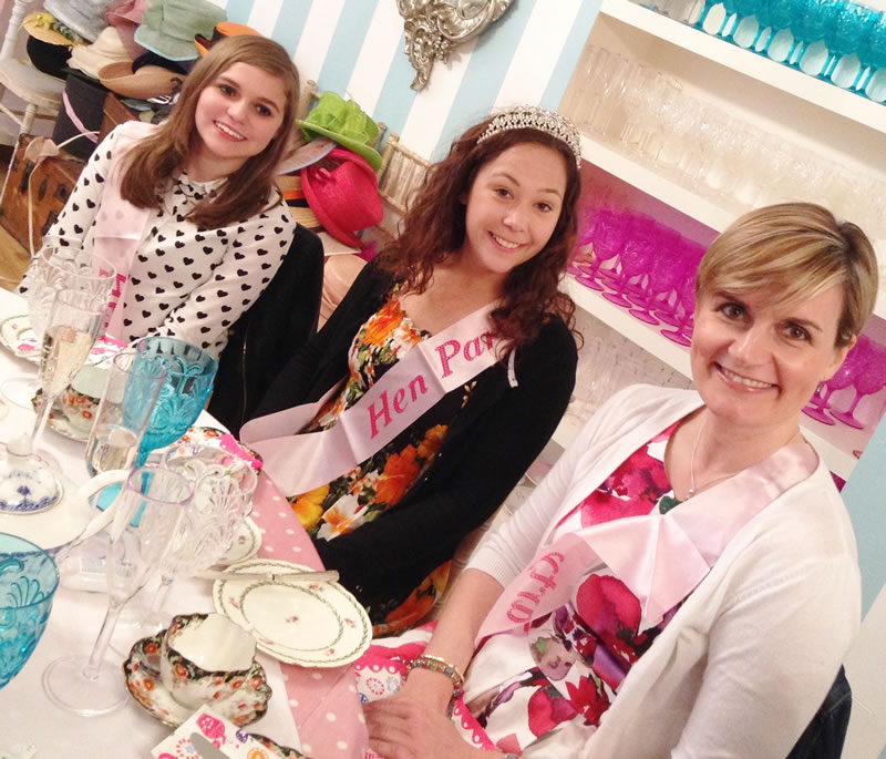 7-reasons-to-have-a-tea-party-Kirstie Hen