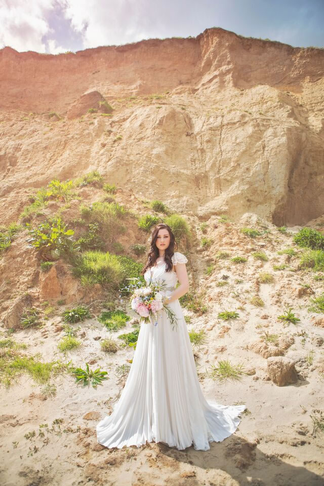 beach-bride-photoshoot-jessicaelisze.co.uk16
