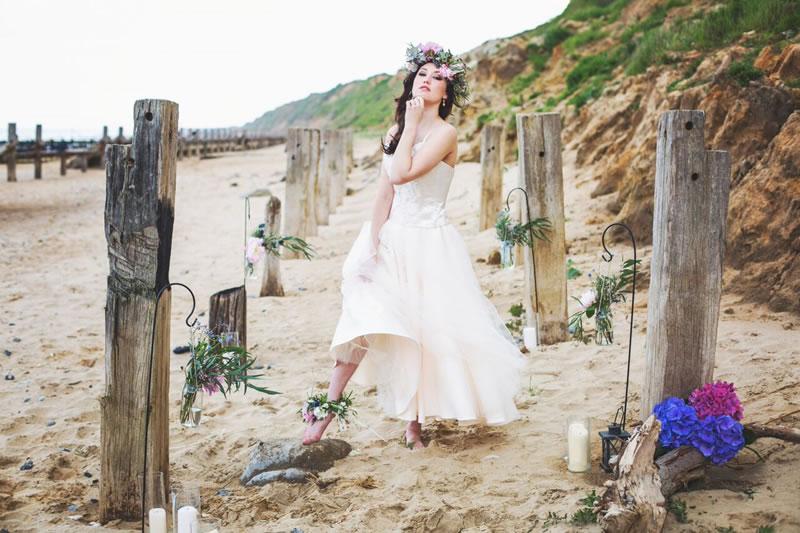 beach-bride-photoshoot-jessicaelisze.co.uk21