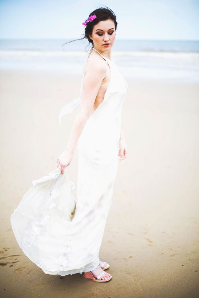 beach-bride-photoshoot-jessicaelisze.co.uk22