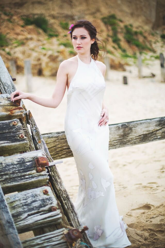 beach-bride-photoshoot-jessicaelisze.co.uk5