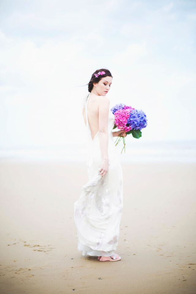 beach-bride-photoshoot-jessicaelisze.co.uk8
