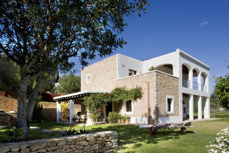 things-couples-forget-getting-married-abroad-Casa Fiesta - Chic Ibiza Villas