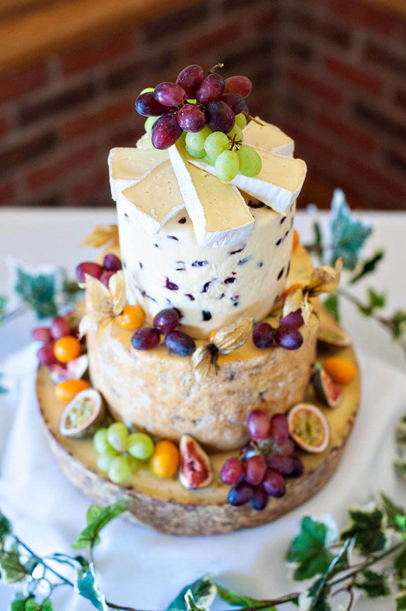 wedding-cake-alternatives-cheese-wedding-cake-uk-wedding-2019-wedding-trends