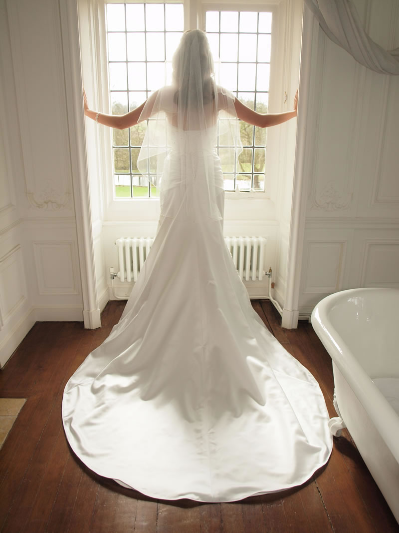 10 questions you should always ask at a bridal boutique A-047.mackieandmackie.com