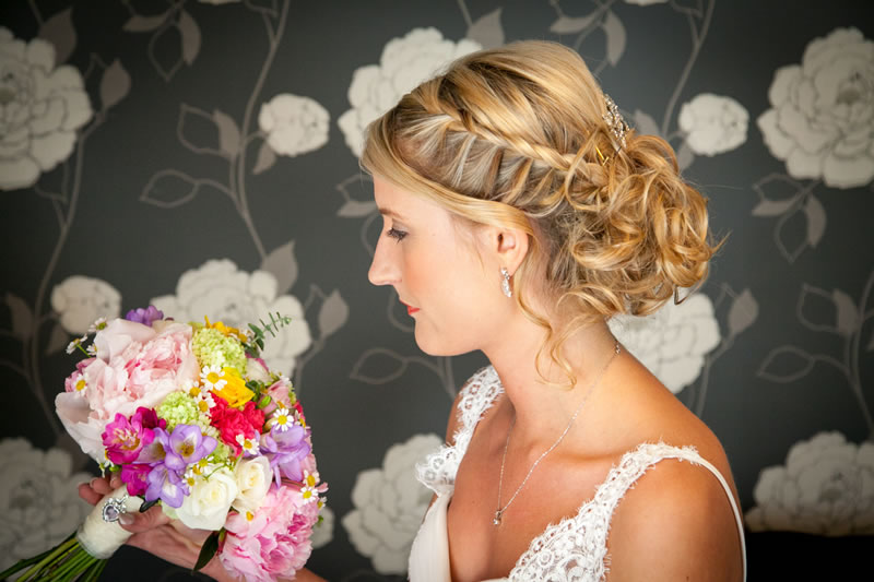 Wedding Hair Styles: The Ultimate Guide braided up do