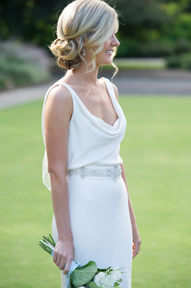 10-prettiest-hair-updos-simply-elegant-sydney-wedding31