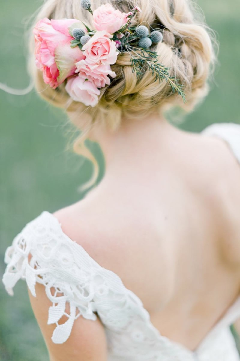 Wedding Hair Styles: The Ultimate Guide up do with flowers