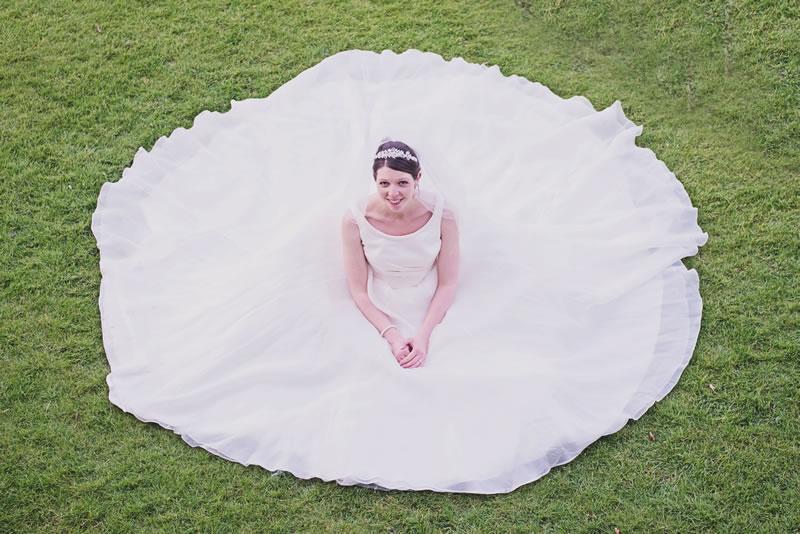 10-struggles-every-short-bride-hannahmcclunephotography.com Sarah + William 290314-406