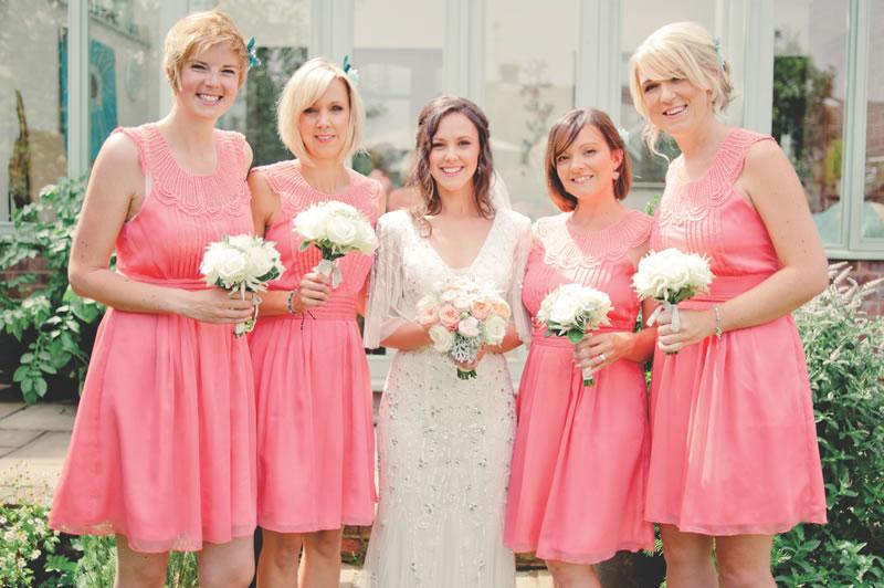 10-struggles-every-short-bride-kerriemitchell.co.uk 2013-07-27 00202