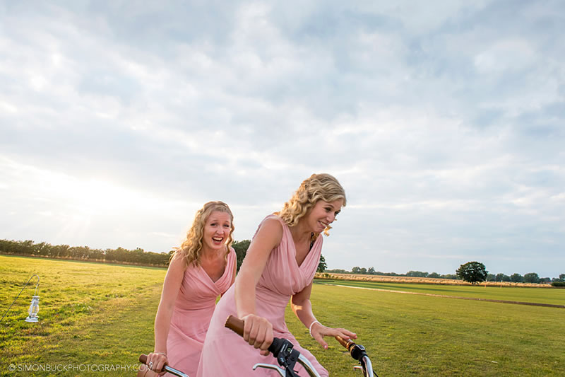 8-signs-your-bridesmaid-is-your-best-friend-simonbuckphotography.com C&M585