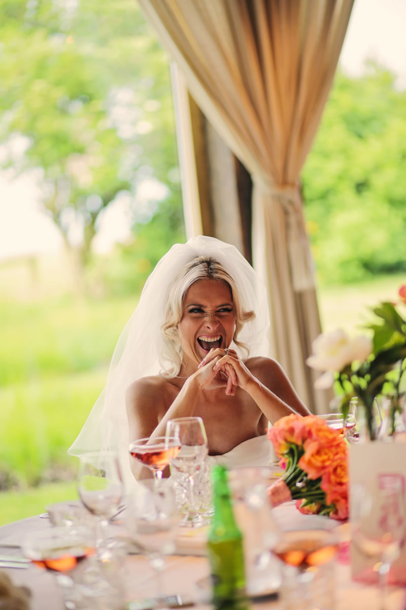 confident-wedding-smile-helenrussellphotography.co.uk Hollie&Paul-516