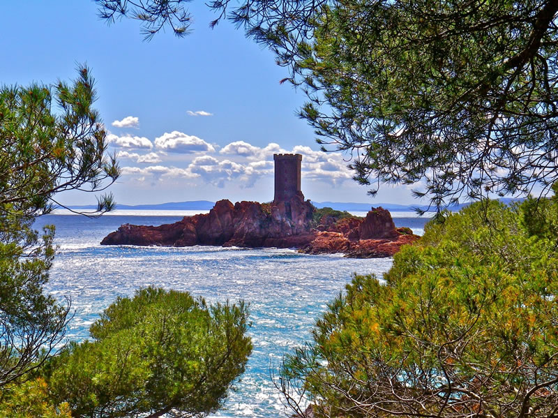 dreamiest-destinations-Fort at Sea - near to Lou Casteou FRANCE