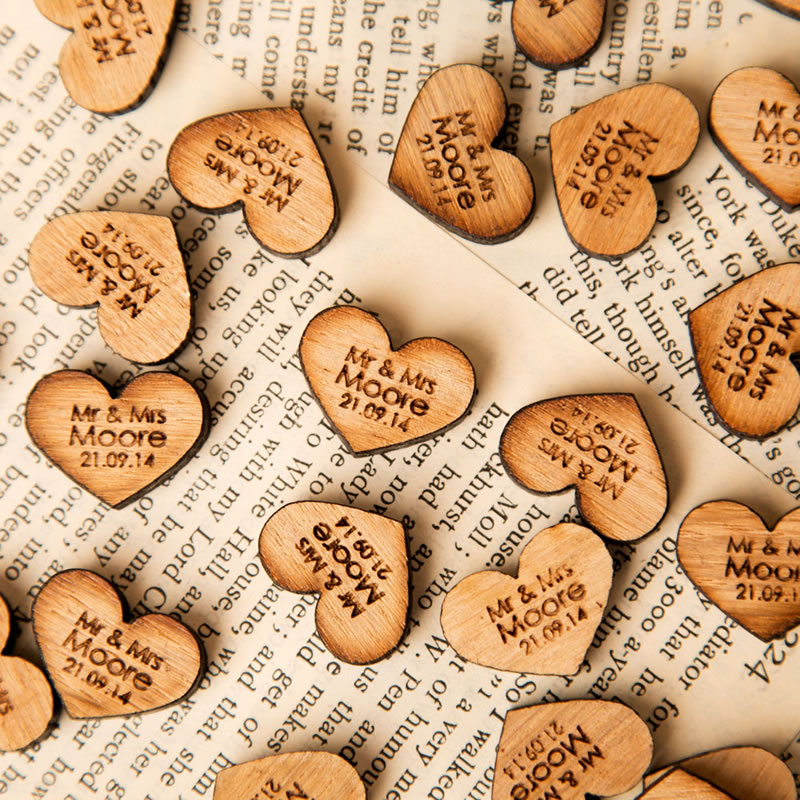 7 Unique Ideas For Personalised Wedding Gifts