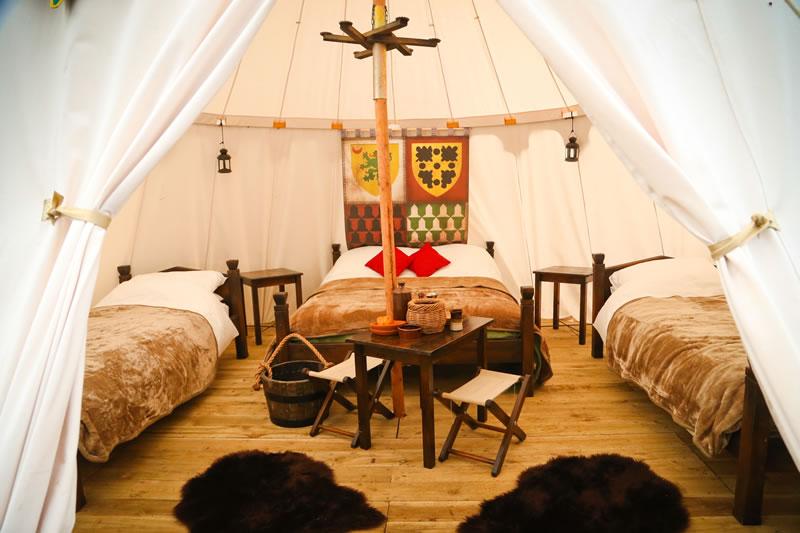 glamping-warwick-castle-Castle Tent interior