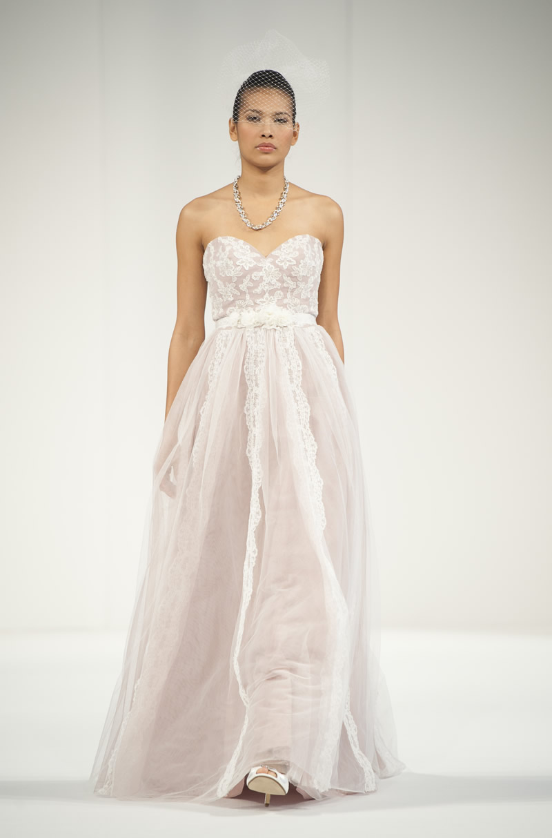national-wedding-show-Alfred Angelo (5)