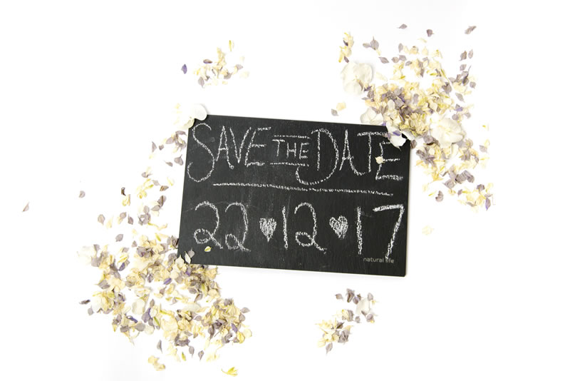 quirky-confetti-ShropshirePetals.com Save the Date with Winters Morn and Daisy Daisy £13.50 per litre