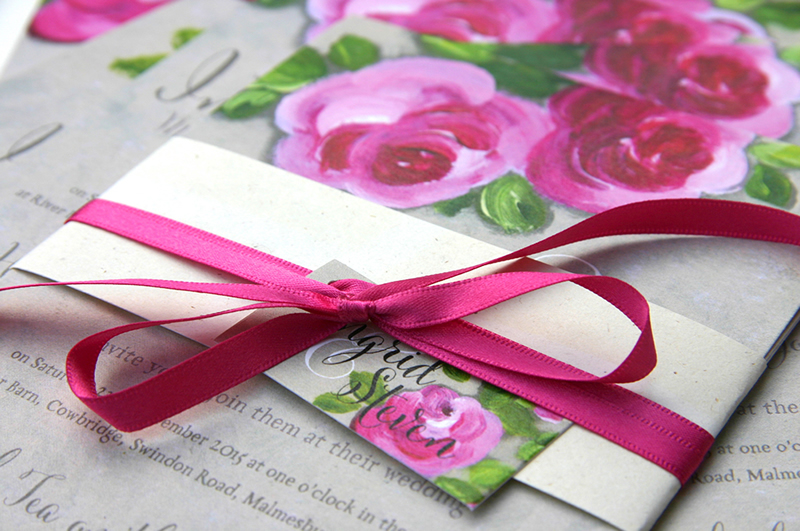 readers-offers-150-Damask Belly Band Wedding Invitation from £1.95 wwwivyellen.com