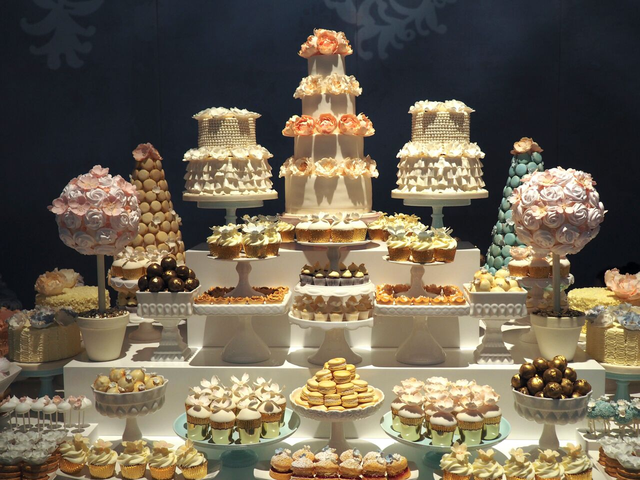 rosalind-miller-dessert-table9