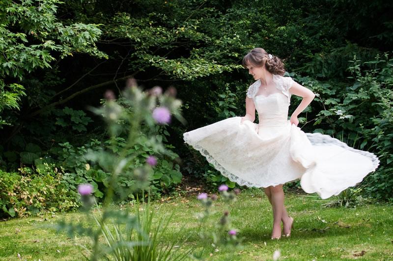what-your-wedding-dress-says-weddingsbynicolaandglen.com    Lindsey Dave Manor House Hotel-Lindsey Dave Portraits-0070