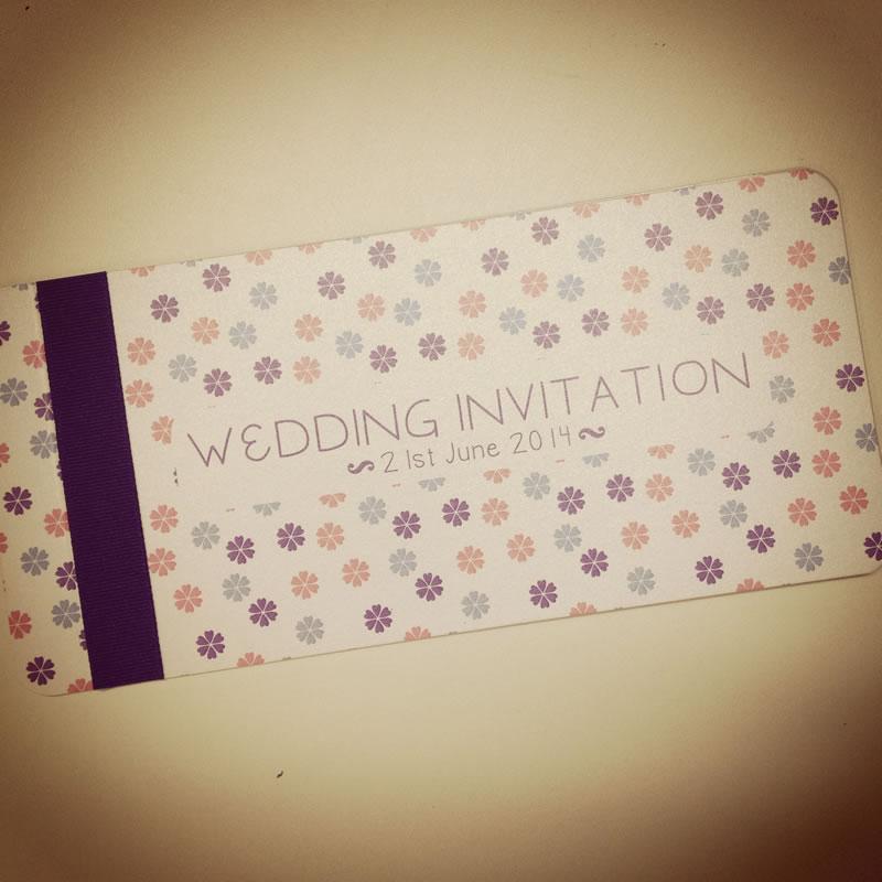 whyte-weddings-summer-season-Daisy Chequebook - ú4.50 www.whyteweddings-uk.com