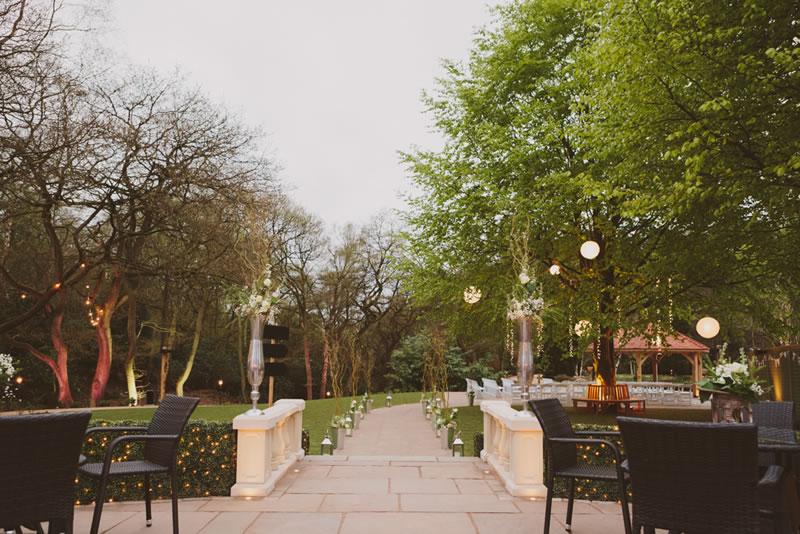 Moddershall Outdoor Ceremony-2