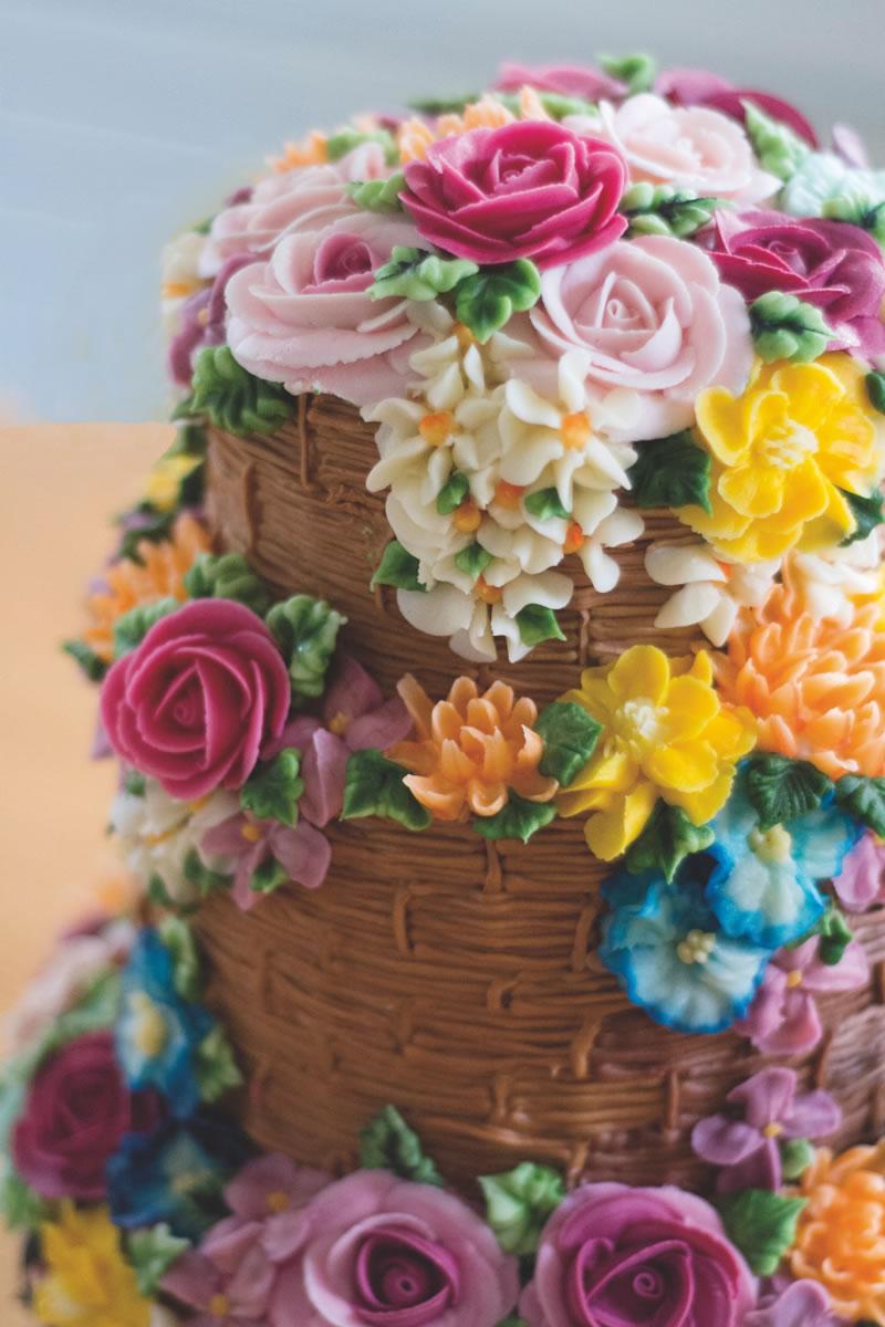 behind-times-wedding-cake-emmapagecakes.co.uk DSC_7802